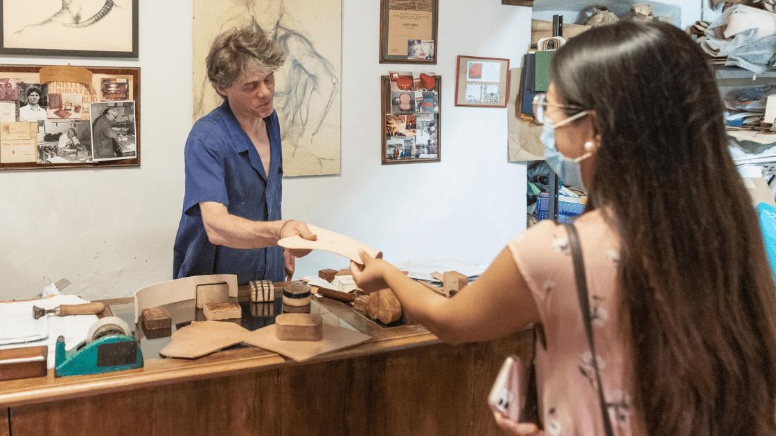 A craftsman in Florence during an artisan tour